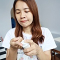 婕洛妮絲_白雪公主素顏霜_輕透白吸油定妝蜜粉 (21).JPG
