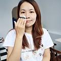 婕洛妮絲_白雪公主素顏霜_輕透白吸油定妝蜜粉 (26).JPG
