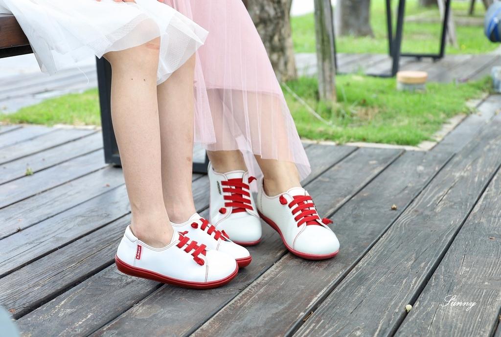 A.MOUR 經典手工鞋_饅頭鞋_親子鞋_氣墊鞋 (33).JPG