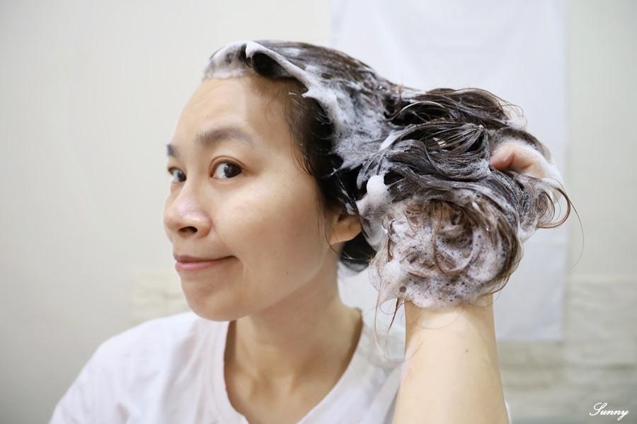 易生絲B5角質調理洗髮露_油性髮質_控油洗髮精 (12).JPG