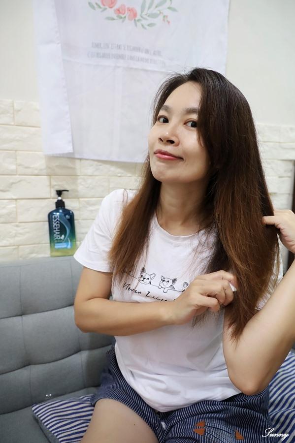 易生絲B5角質調理洗髮露_油性髮質_控油洗髮精 (21).JPG