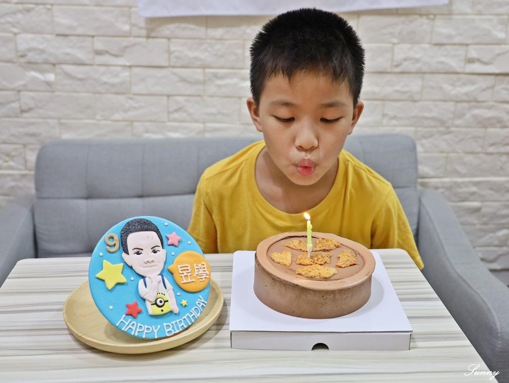 Whoscake誰的蛋糕_客製化生日蛋糕_生日蛋糕推薦_Q版蛋糕 (17).JPG