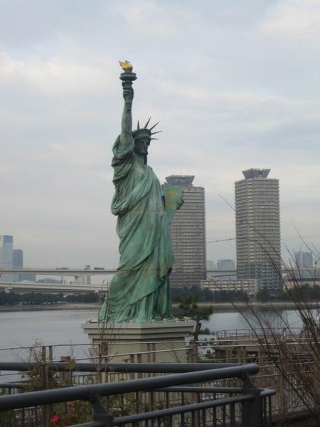 台場海濱公園的自由女神像