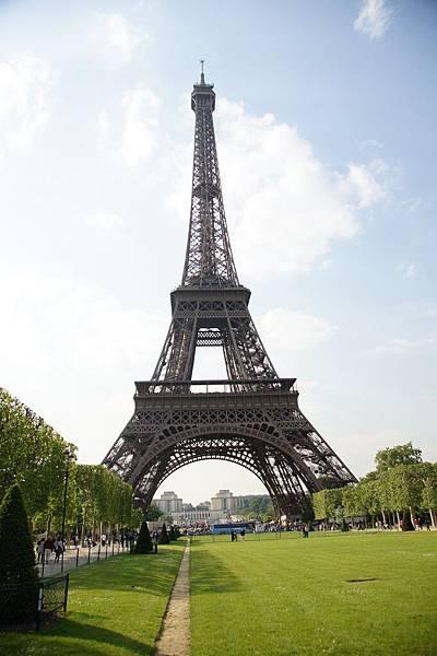 美麗的艾菲爾鐵塔