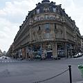 巴黎的街道不是井字型的 但是怎麼看怎麼漂亮