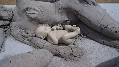 5-雕塑-14-baby-2.jpg