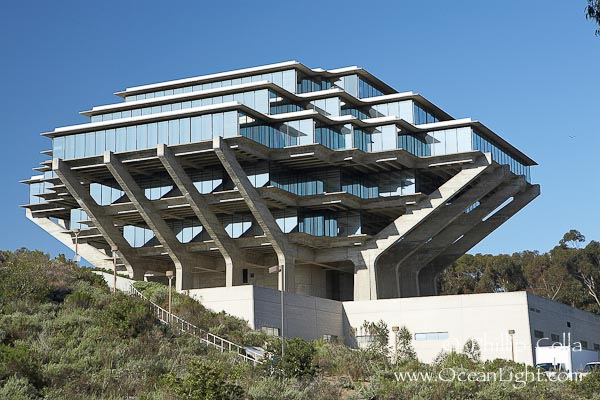 ucsd-geisel-library-photograph-11275-642295