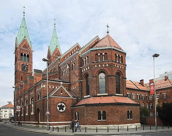 757px-FranciscanChurch_Maribor