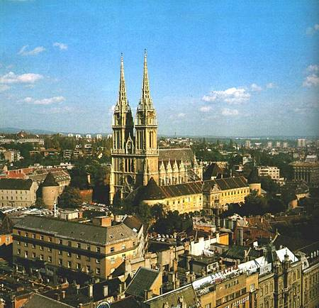 622px-Zagreb3