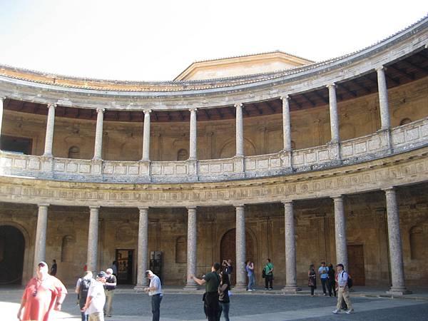 榮IMG_0233未完工的皇宮(仿羅馬萬神殿)