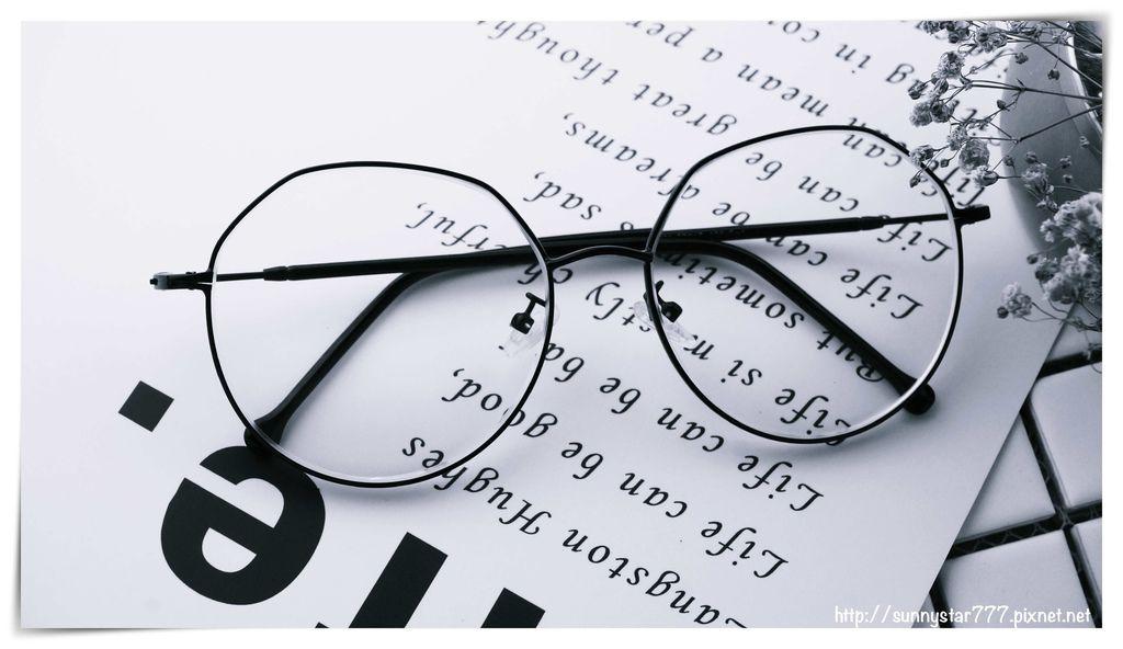 眼鏡照片.jpg