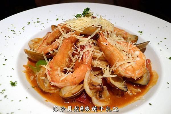 辣味鮮蝦蛤蜊麵 (茄汁紅醬) NT 260+10% (6).JPG