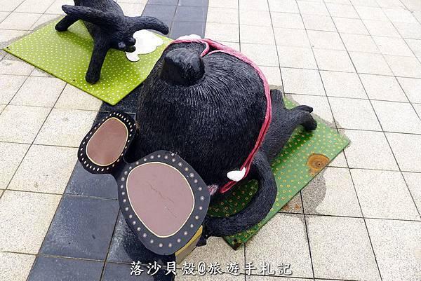 小黑狗 (33).JPG