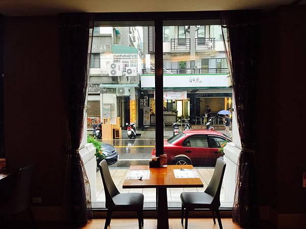 馬維爾異國餐廳。致穩平旅 平日中午 NT 399+10%吃到飽 (98)_調整大小.JPG
