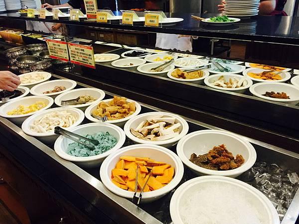 活佛.歐式素食餐廳 平日中午 420+10%吃到飽 (4).JPG