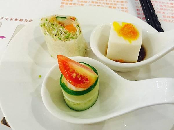活佛.歐式素食餐廳 平日中午 420+10%吃到飽 (17).JPG