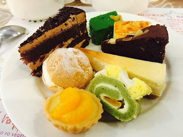 活佛.歐式素食餐廳 平日中午 420+10%吃到飽 (36).JPG