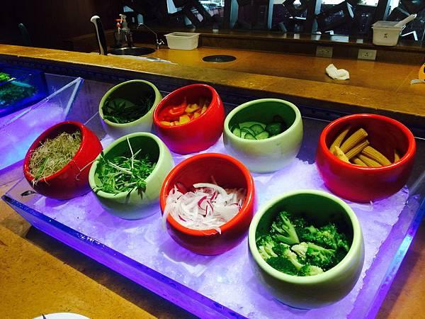 台南_遠東香格里拉 午餐790+10% 吃到飽 生日依年紀折扣,同行8折 (16).jpeg