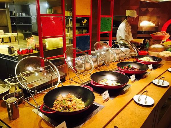 台南_遠東香格里拉 午餐790+10% 吃到飽 生日依年紀折扣,同行8折 (25).jpeg