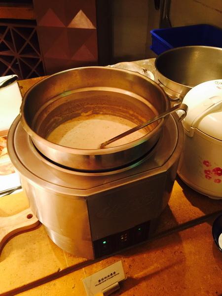 台南_遠東香格里拉 午餐790+10% 吃到飽 生日依年紀折扣,同行8折 (110).jpeg