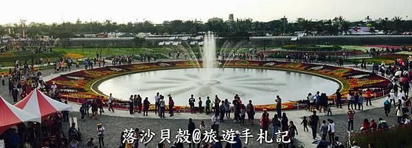 噴水池花海 (12).jpg