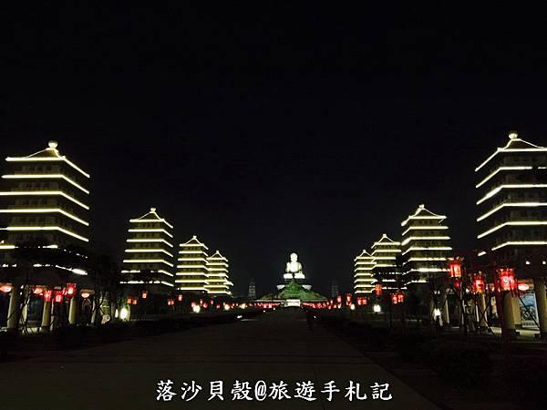 高雄_佛光山。寶可夢主題燈會 (102).jpg
