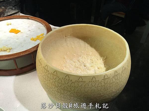 饗食天堂 898+10%吃到飽 (52)_調整大小.JPG