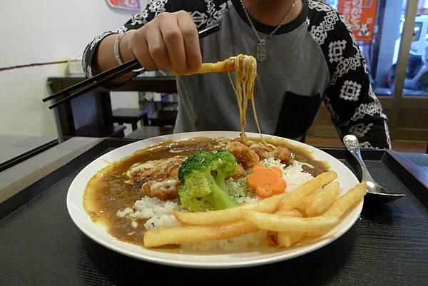 泥火山起司豬排咖哩飯 (23).JPG