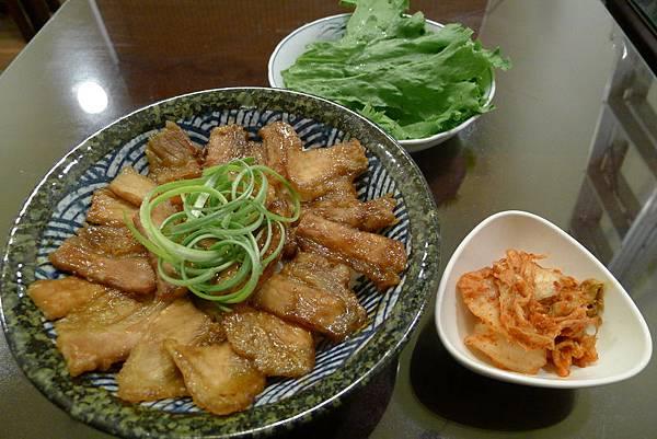 秩父味噌燒肉丼飯 (3).JPG