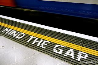 london-tube_mind_the_gap