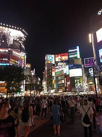 澀谷交叉路口.jpg