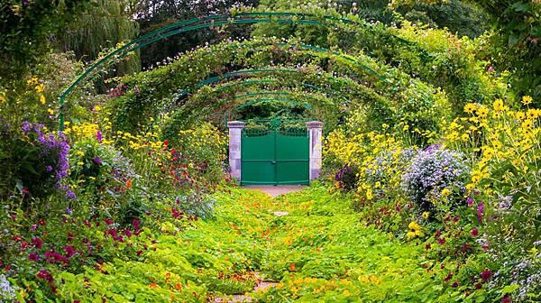 莫內花園走道2.jpg