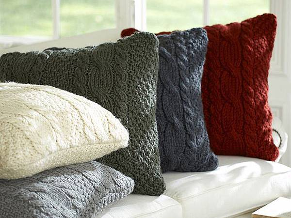 sweater-pillow-2-lgn
