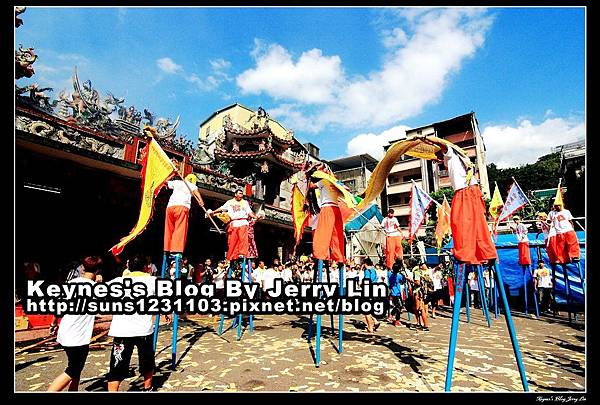 20130728暖暖靈義郡藝宣大隊高蹺獅 (3)