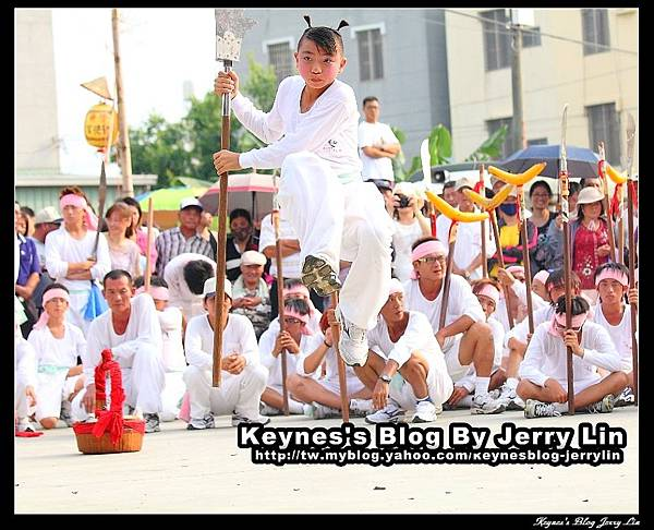 2012西港香白鶴陣-4.jpg
