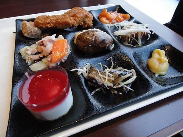 九宮格餐盤,好精緻,好好吃!