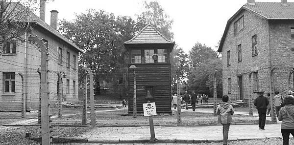 IMG_6612奧斯維辛-比克瑙集中營_調整大小 .JPG