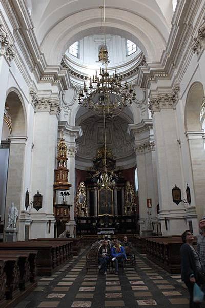 IMG_7183聖彼得與聖保羅教堂_調整大小 .JPG