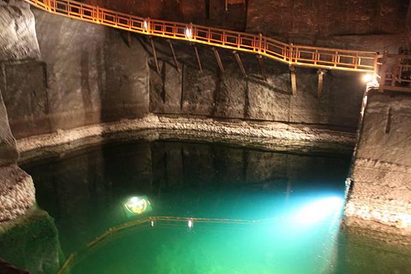 IMG_6947維利奇卡地下鹽礦城_調整大小 .JPG