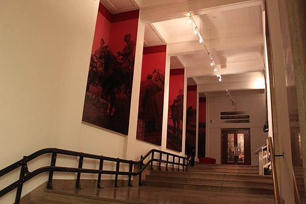 IMG_7241波蘭札托里斯基博物館_調整大小 .JPG