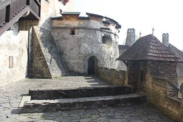 IMG_8285-拉瓦城堡_調整大小 .JPG