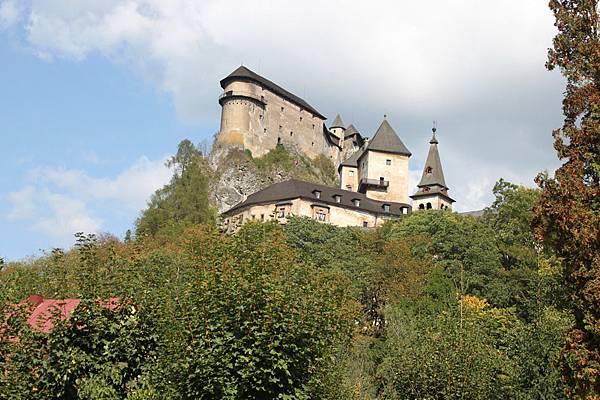 IMG_8303-拉瓦城堡_調整大小 .JPG
