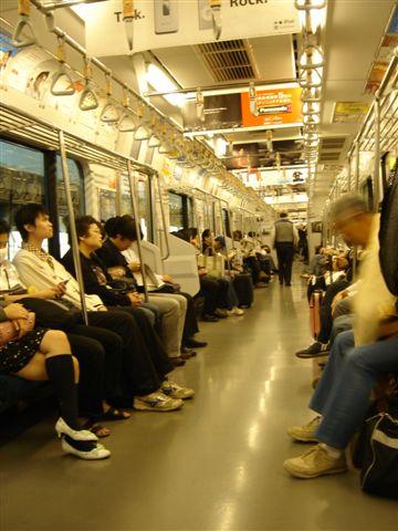002_電車上.JPG