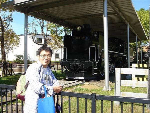 015_釧路公園老火車頭.JPG