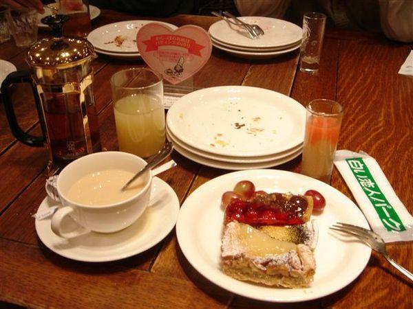075_蛋糕吃到飽.JPG