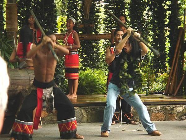 051_民俗村-藏族狩獵舞.JPG