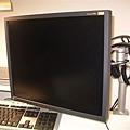 十九吋螢幕EIZO L768.JPG