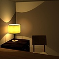Light_in_corner002.jpg