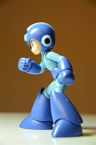 021_壽屋洛克人模型.JPG