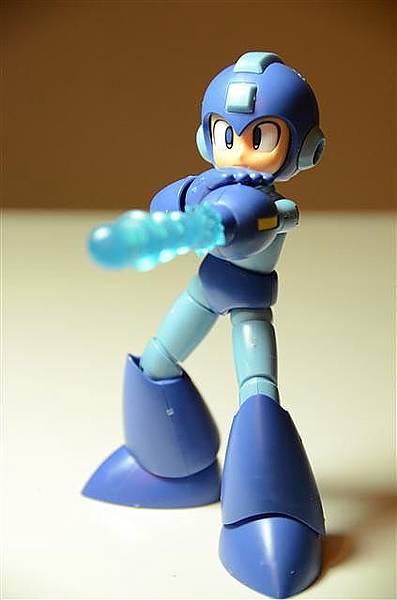 027_壽屋洛克人模型.JPG